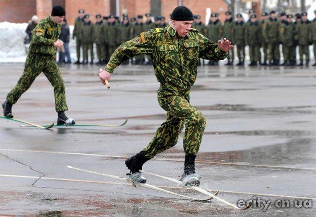 армия лыжи асфальт