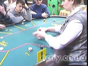 Спортивный покер завоевывает сердца черниговцев