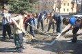 Владислав Атрошенко поблагодарил черниговцев за участие в уборке города