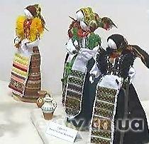 В Чернигове открылась выставка кукол-мотанок