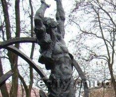 """Чернигов. Памятник """"Героям Чернобыля"""""""