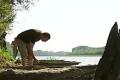 Из-за обмеления реки Десны нашли баржу конца XIX века. ВИДЕО